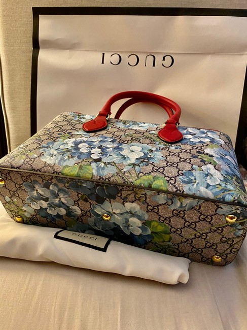 Gucci Crossbody Gg Supreme Multi Color Leather and Coated Converse Satchel Gucci Crossbody Gg Supreme Multi Color Leather and Coated Converse Satchel Image 3