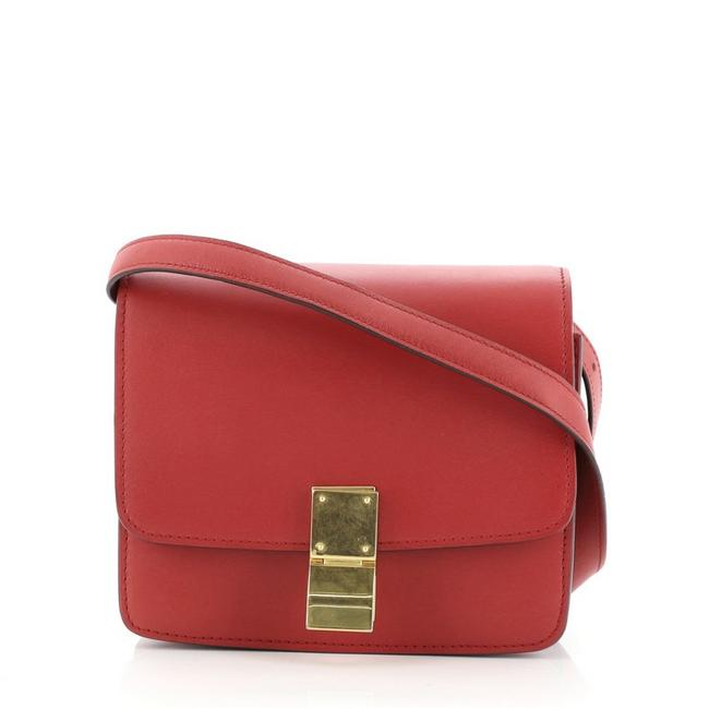 Item - Classic Box Small Red Smooth Leather Shoulder Bag
