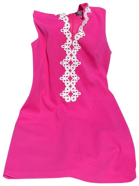 Item - Hot Pink Mid-length Short Casual Dress Size 8 (M)