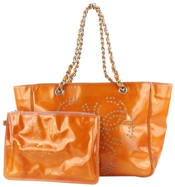 Item - Tote Perforated Cc Logo Chain with Pouch 615cas616 Orange Patent Leather Shoulder Bag