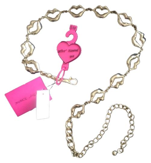 Betsey Johnson Betsey Johnson Goldtone Lips Design Metal Chain Belt