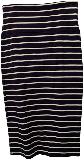 Item - Navy Fitted Pencil Skirt Size 4 (S, 27)