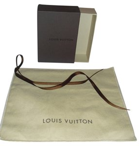 Louis Vuitton LOUIS VUITTON SMALL BOX WITH DUST BAG