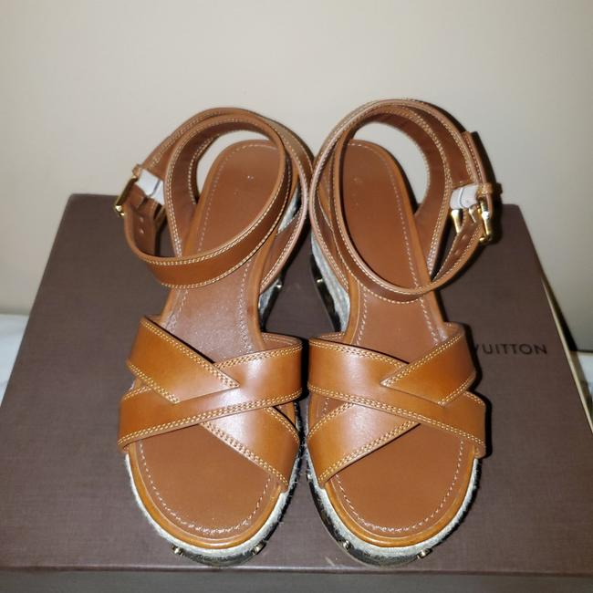 Item - Brown and Tan Timelapse Sandals Wedges Size EU 38.5 (Approx. US 8.5) Regular (M, B)