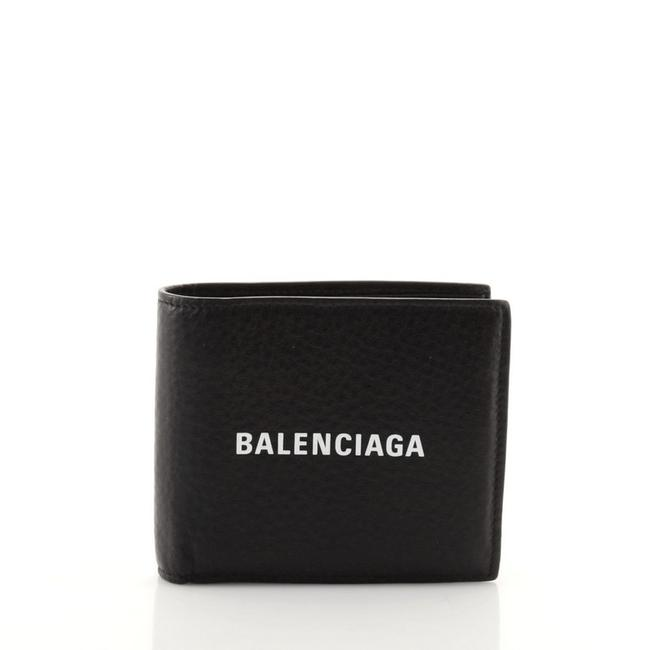 Item - Everyday Bifold Leather Compact Wallet