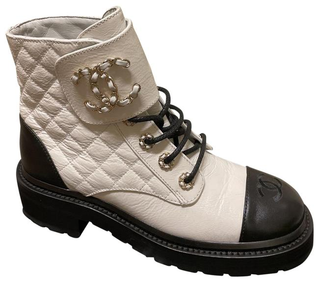 Item - White and Black Brave Boots/Booties Size US 7.5 Regular (M, B)