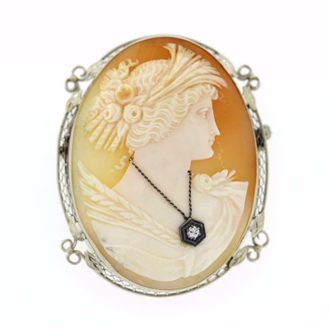 Item - White Gold L Cameo Brooch Pin Large 14k 0.10 Tw Diamond Accent