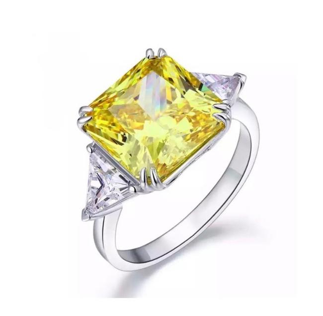 Item - Yellow Sterling Silver 8ct Princess Cut Huge Canary Stone Ring