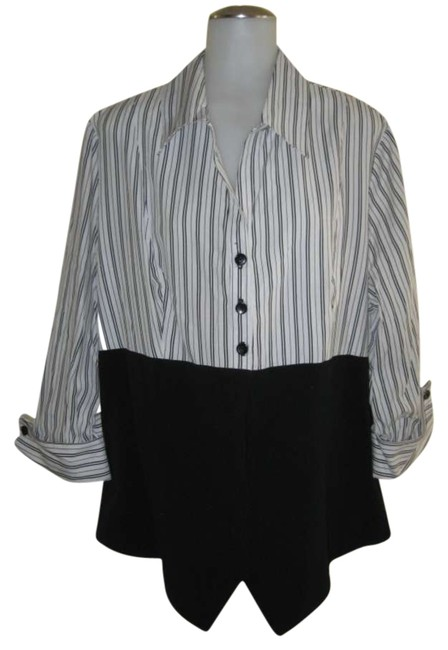 Preload https://item4.tradesy.com/images/dressbarn-button-down-top-size-18-xl-plus-0x-293178-0-0.jpg?width=400&height=650