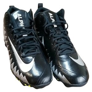Nike Mens Silver Black Boots