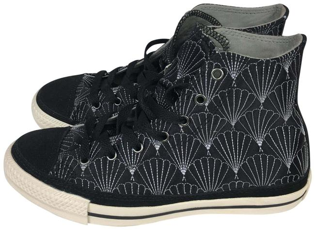 Item - Black White Quilted Sneakers Size US 7 Regular (M, B)