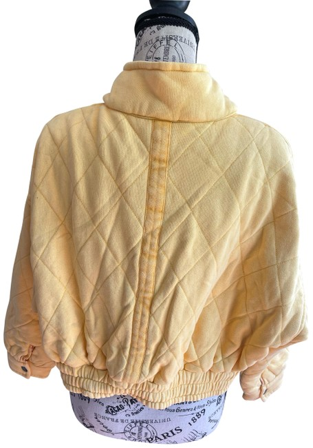 Item - Yellow Quilted Cropped Jacket Size 2 (XS)