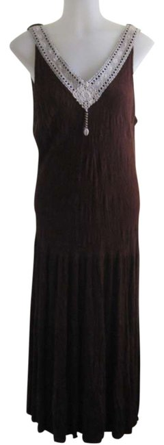 Preload https://item5.tradesy.com/images/dressbarn-brown-with-beige-crochet-nect-trim-long-short-casual-dress-size-14-l-293249-0-0.jpg?width=400&height=650