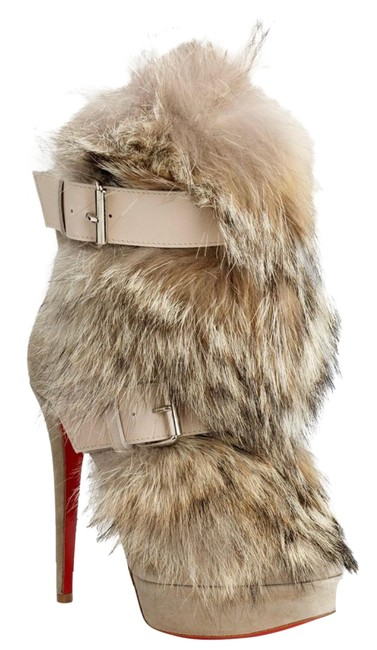 Item - Beige Rare Collection Coyote Fur Toundra Boots/Booties Size US 7 Regular (M, B)