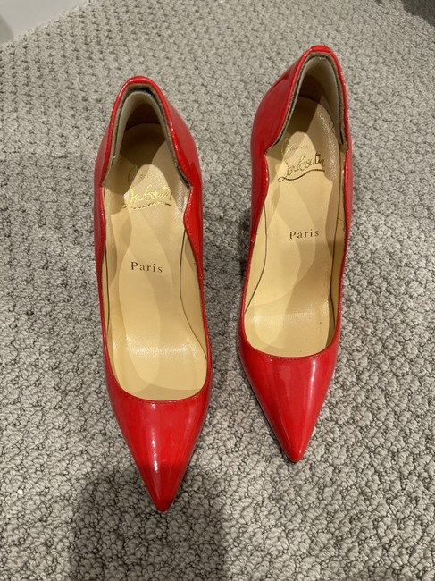 Item - Red Unknown Pumps Size EU 35 (Approx. US 5) Narrow (Aa, N)