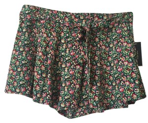 Juicy Couture Shorts Rose Garden Print