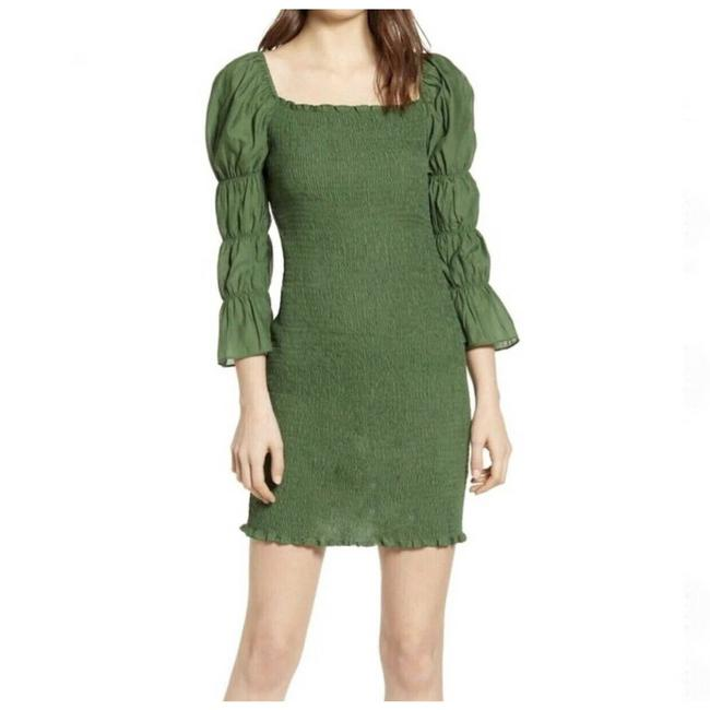 Item - Smocked Puff Sleeve Fitted Mini Womens Large Ruched Cocktail Dress Size 12 (L)