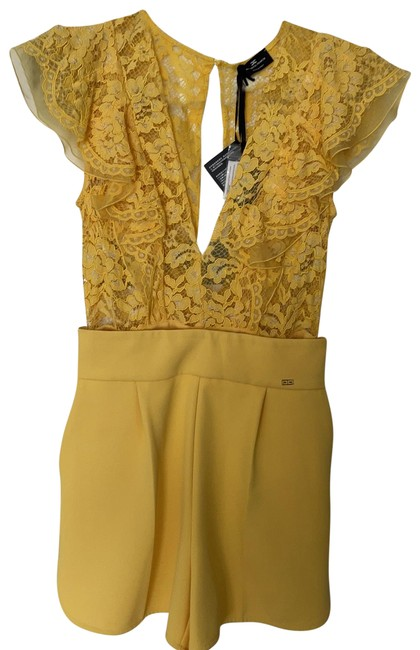 Item - Yellow Two Piece Romper Short Formal Dress Size 6 (S)