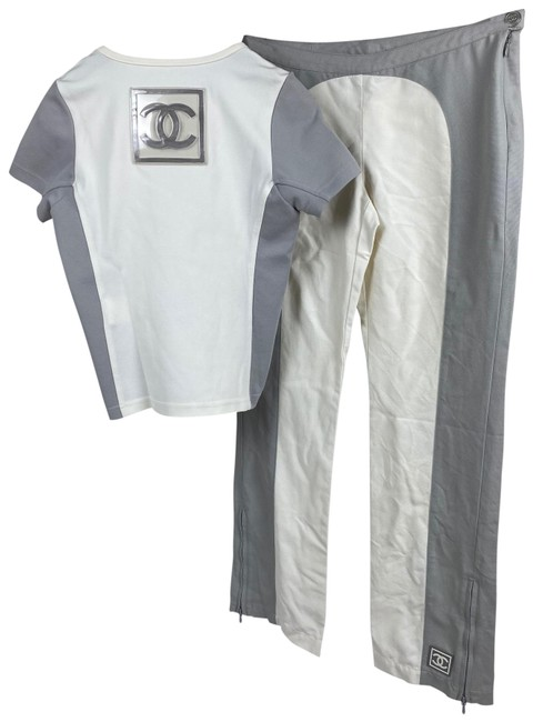 Item - White and Grey Sport Set Tee Shirt Size 8 (M)