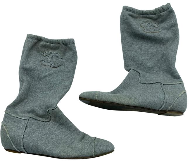 Item - Grey Boots/Booties Size US 7 Wide (C, D)