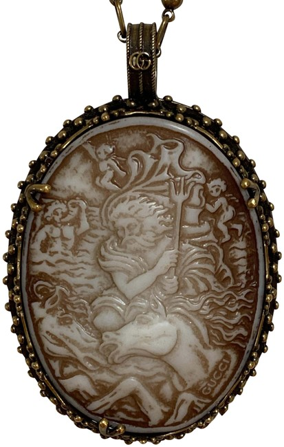 Item - Gold Beige Carved Cameo Logo Long Pendant Antique Chain Necklace