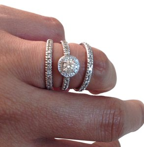 Reduced!!! 14K White Gold ~ Finell's Jewelers Diamond Bridal Ring Set ~ Approx. 5.5 (Ring Size)