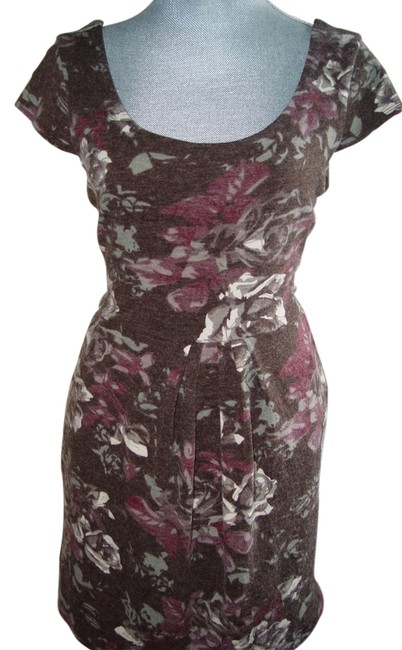 Preload https://item5.tradesy.com/images/bar-iii-grey-floral-knee-length-workoffice-dress-size-16-xl-plus-0x-2934364-0-0.jpg?width=400&height=650
