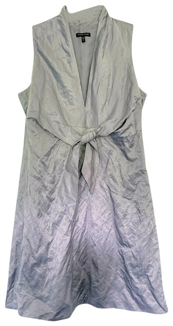 Item - Silver Satin V-neck Front Tie Crinkle Women's Mid-length Short Casual Dress Size 10 (M)