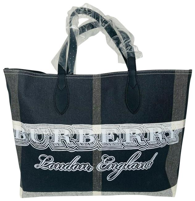 Item - Checkered Large Reversable Light Weight 80088741 Black Canvas Tote