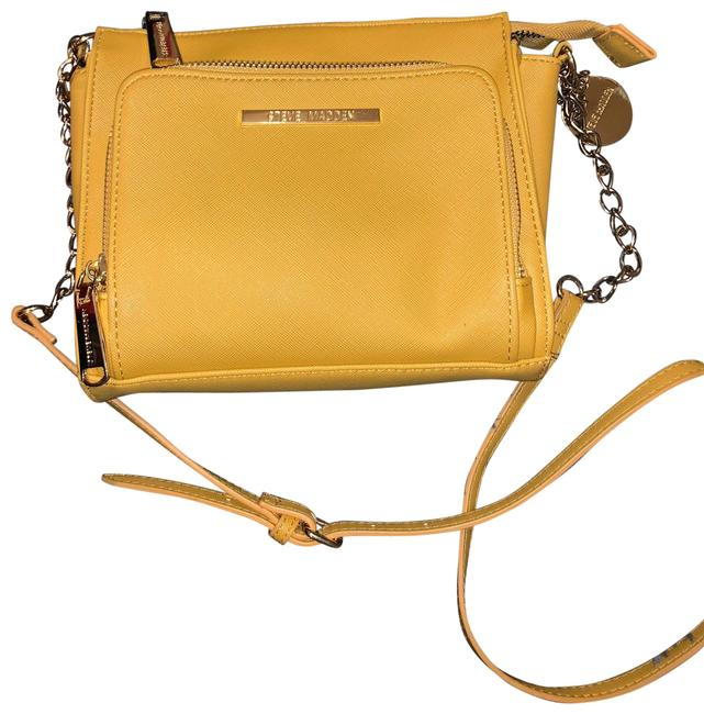 Item - Yellow Faux Leather Cross Body Bag