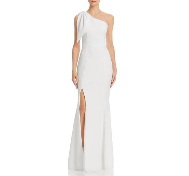 Item - White One Shoulder Bow Sheath Gown Long Formal Dress Size 2 (XS)