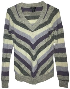 New York & Company Wool Blend V-neck Sweater