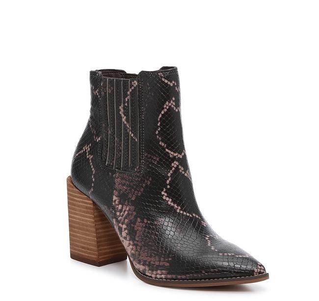 Item - Multi Color New Acton Chelsea Boots/Booties Size US 9 Regular (M, B)