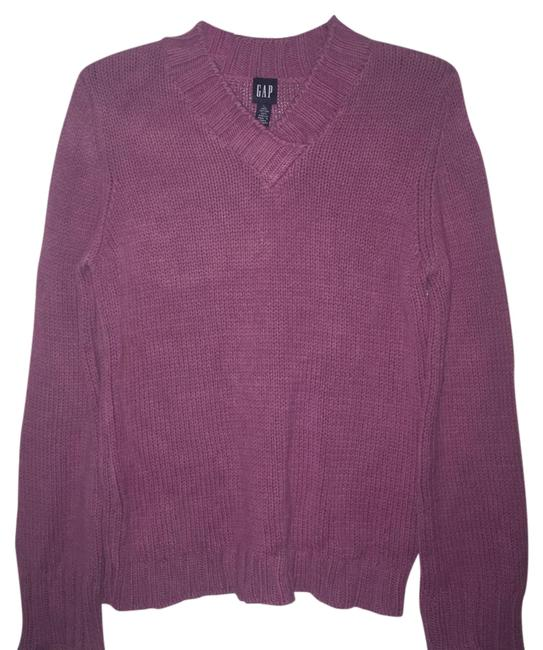 Preload https://img-static.tradesy.com/item/2935696/gap-pink-chunky-v-neck-pinkraspberry-sweaterpullover-size-12-l-0-2-650-650.jpg