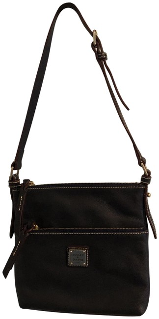 Item - Small Pebbled Dark Blue and Strap Leather Cross Body Bag