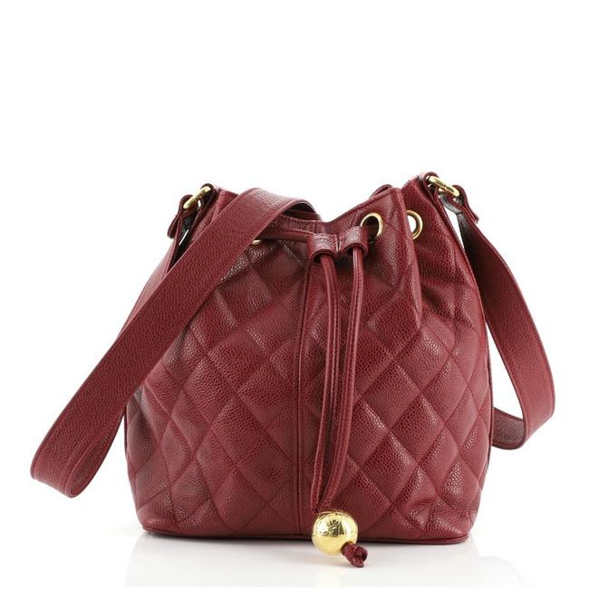 Item - Bucket Vintage Quilted Caviar Small Red Leather Cross Body Bag
