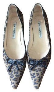 Manolo Blahnik Suede Animal Print Cheetah Bow Leather Heels Cheetah Print Pumps