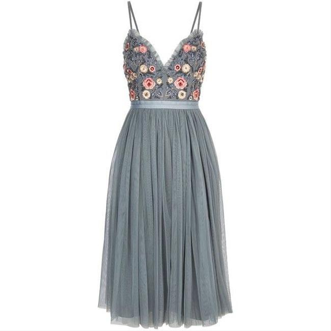 Item - Whisper Embroidered Tulle Mid-length Cocktail Dress Size 12 (L)