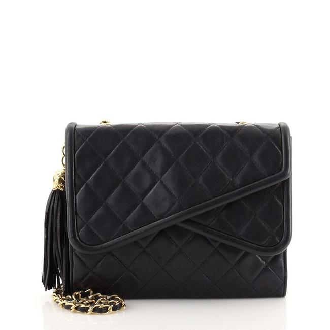 Item - Classic Flap Vintage Crossover Quilted Lambskin Small Blue Leather Shoulder Bag