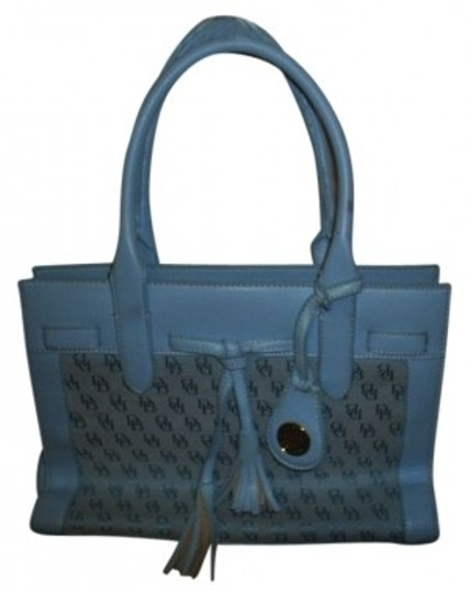Preload https://item5.tradesy.com/images/dooney-and-bourke-zippered-handbag-light-blue-cotton-and-vinyl-tote-29374-0-0.jpg?width=440&height=440