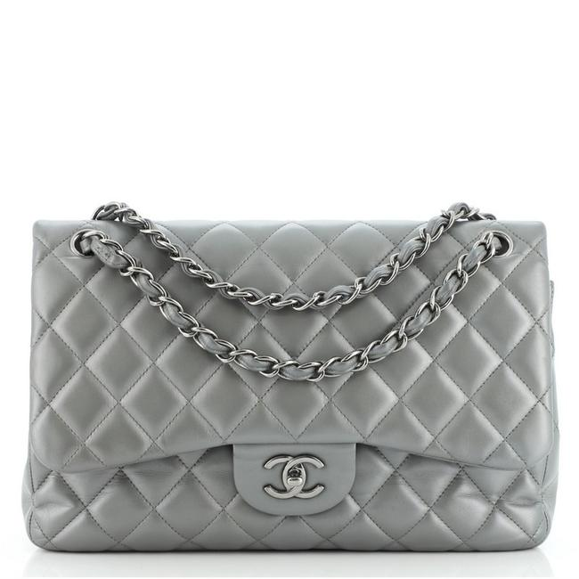 Item - Classic Flap Classic Double Quilted Lambskin Jumbo Gray Leather Cross Body Bag