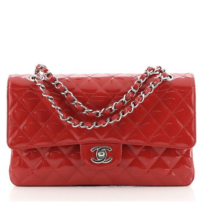 Item - Classic Flap Vintage Classic Double Quilted Medium Red Patent Leather Shoulder Bag