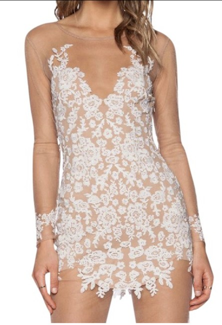 Item - White and Nude Item #: 21744965 Short Cocktail Dress Size 12 (L)