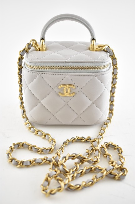 Chanel Case Crossbody 21a Mini Vanity with Chain Top Handle Cc Grey Lambskin Leather Shoulder Bag Chanel Case Crossbody 21a Mini Vanity with Chain Top Handle Cc Grey Lambskin Leather Shoulder Bag Image 6
