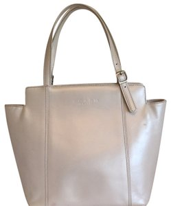 Coach Tote in Pearled White