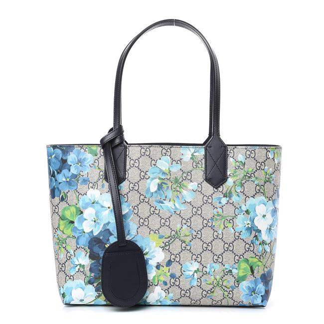 Item - Small Reversible Gg Blooms Midnight Blue/Flower Canvas/Leather Tote