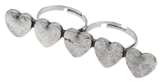 Preload https://item2.tradesy.com/images/silver-heart-knuckle-ring-293806-0-0.jpg?width=440&height=440