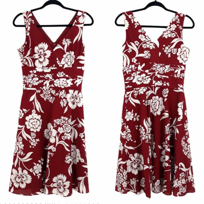 Item - Maroon and White Retro 60's Floral Fit Flare Mid-length Casual Maxi Dress Size 6 (S)