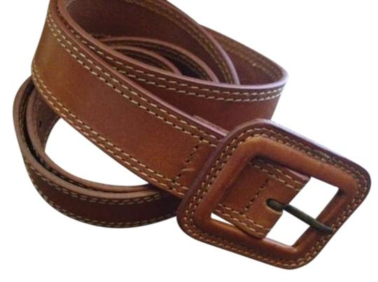Preload https://img-static.tradesy.com/item/293854/banana-republic-tan-leather-italian-belt-0-0-540-540.jpg