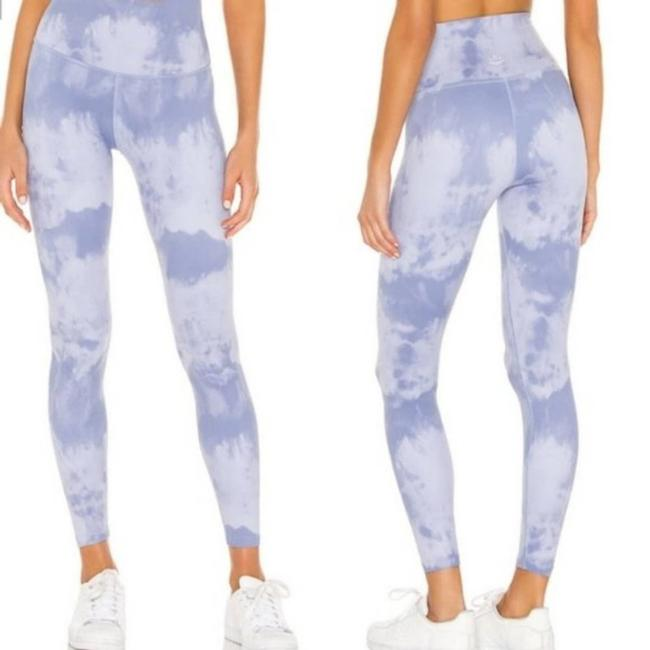 Item - Blue Olympus High Waisted Midi Activewear Bottoms Size 12 (L, 32, 33)